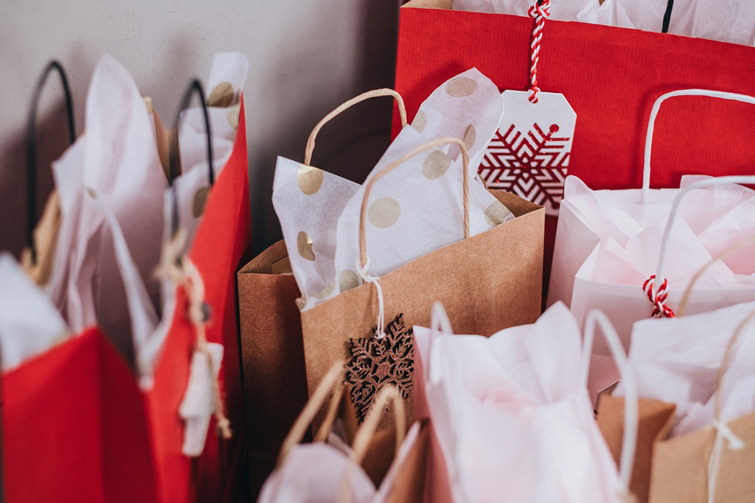 paper-bags-near-wall-749353